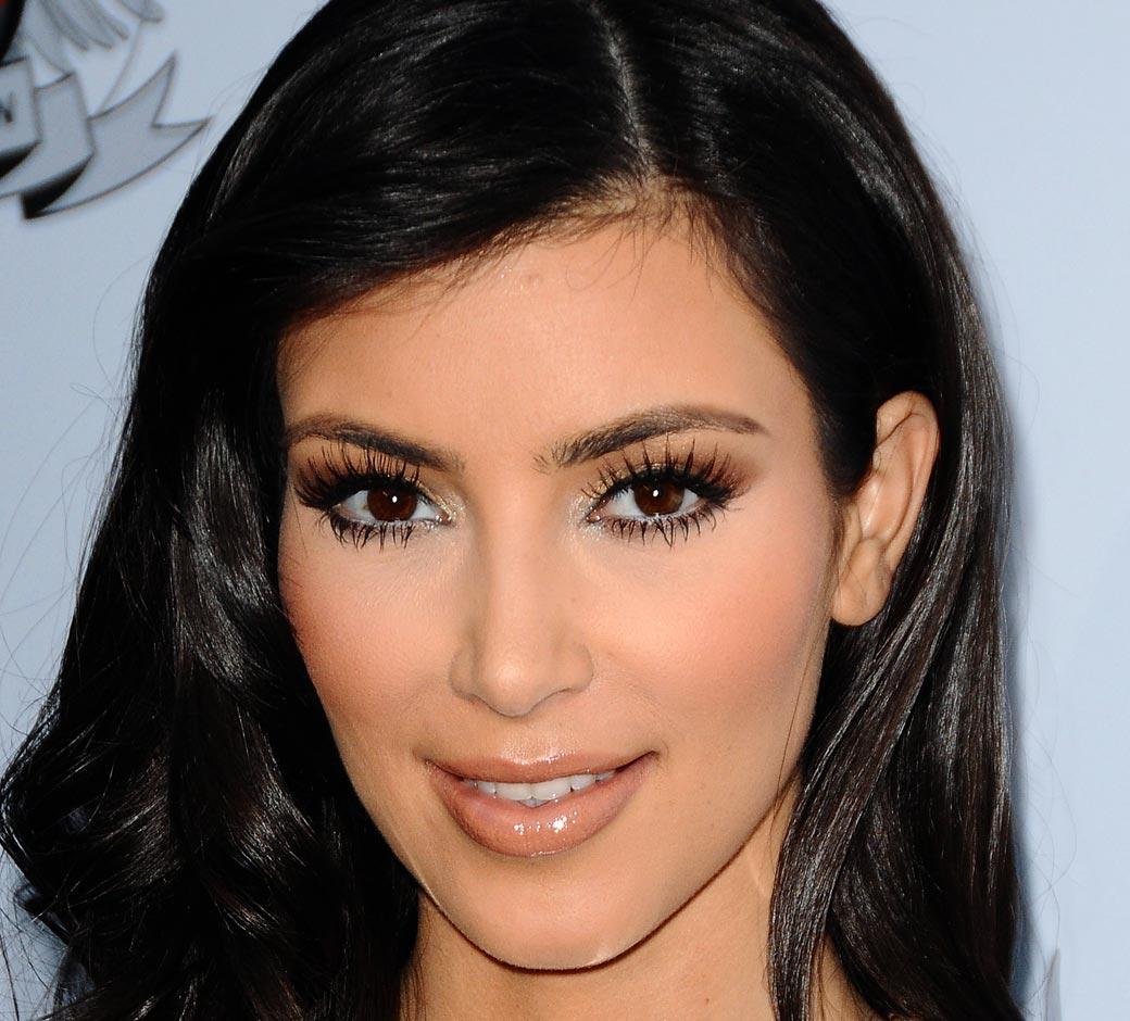 Talkin'Heads: Kim makeup up/ Make natural  all make Kardashian