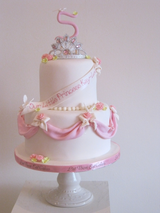Little Princess Cake Images : Let Them Eat Cakes: Little Princess Cake