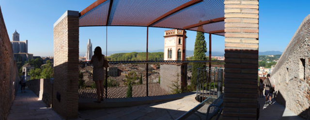 Mirador de la muralla. Encants de Girona