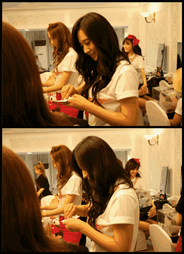[Pictures] 130608 Yoona, Yuri, Hyoyeon, Tiffany and Sooyoung - 2013 Girls' Generation World Tour Backstage