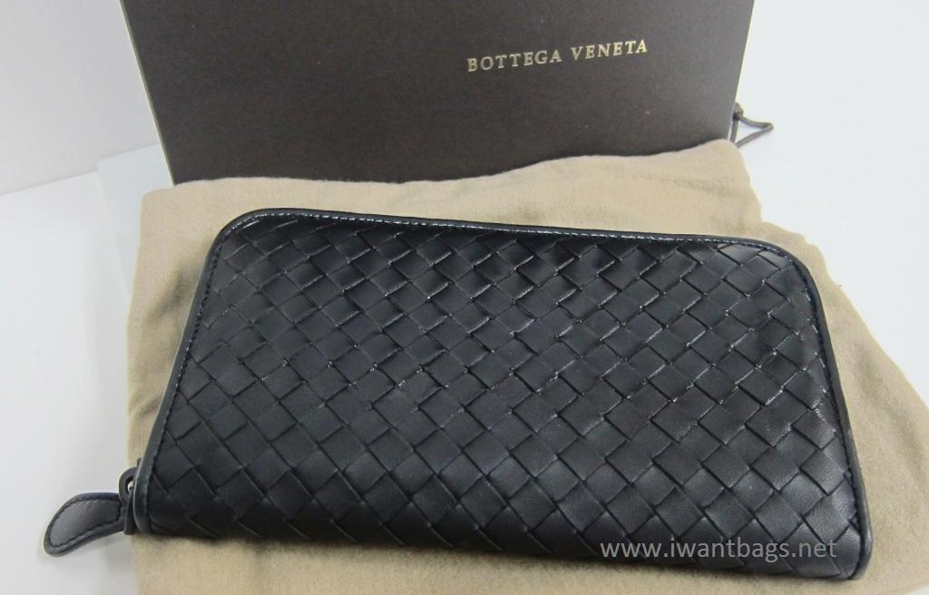 Bottega Veneta Zipper Wallet