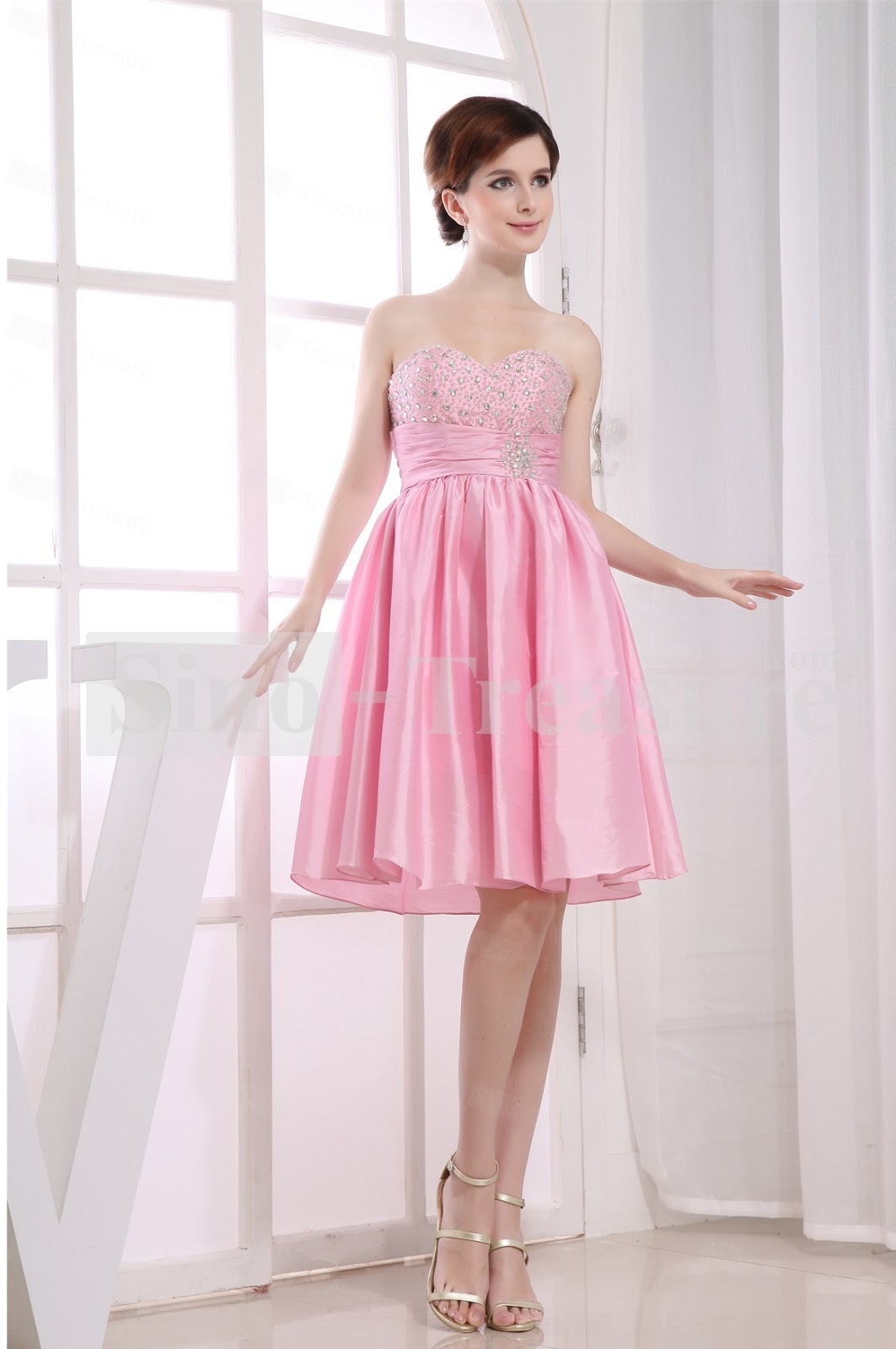 Long layered haircut pink homecoming dresses for Pink homecoming dresses