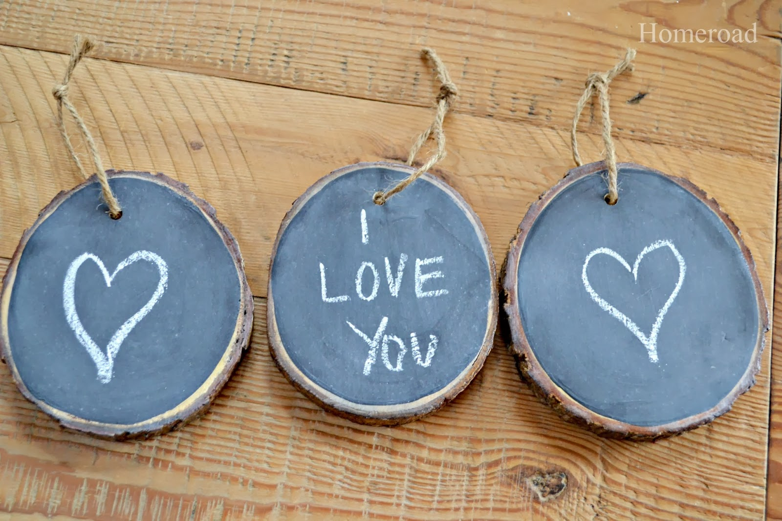 mini chalkboard wood slices www.homeroad.net
