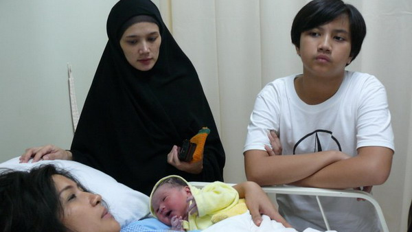Foto Anak Ahmad Dhani Dengan Mulan Jameela