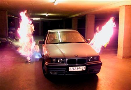 Car-mounted flamthrower