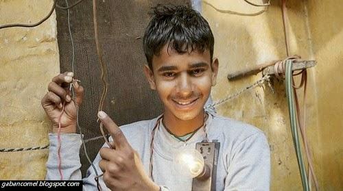 Pelik Remaja Dari India Digelar Lelaki Elektrik Mampu Menyentuh Aliran Elektrik 11 Ribu volt