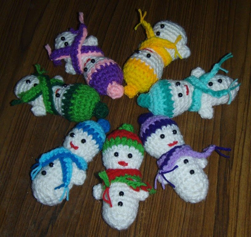 Crochet Patterns Free Snowman : Snowman free crochet pattern ~ Free Crochet Patterns