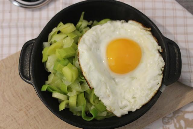 Q.B.- Quanto Basta.: Uova e porri aromatizzati