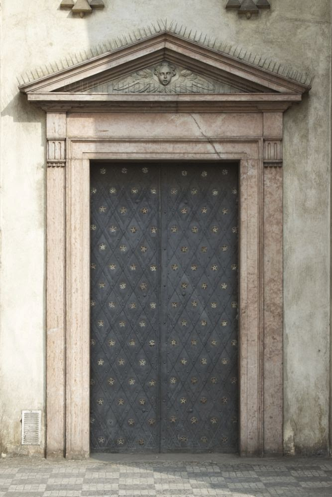 lead door with pattern