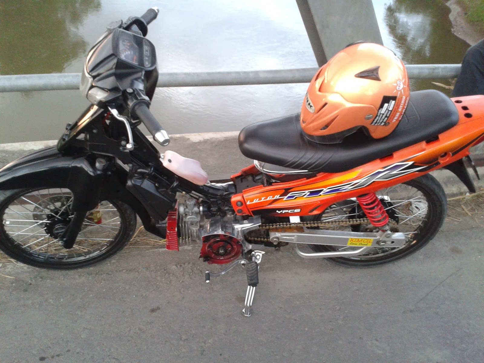 contoh motor modifikasi fiz r