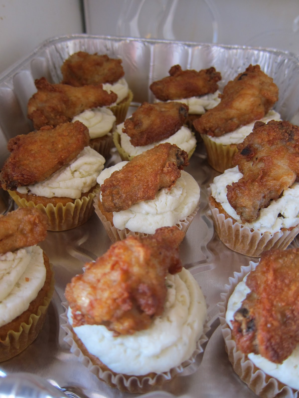 Buffalo Wing Cupcakes & Black Marlin Chili | The Hungry Bunnie