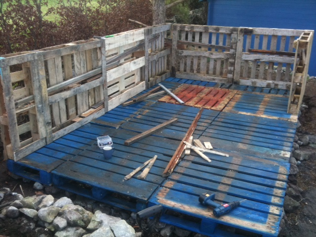 garage ideas using pallets - Art by Ollie Longuet My Pallet Shed
