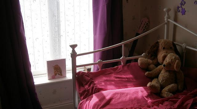 light shinning through girls bedroom window