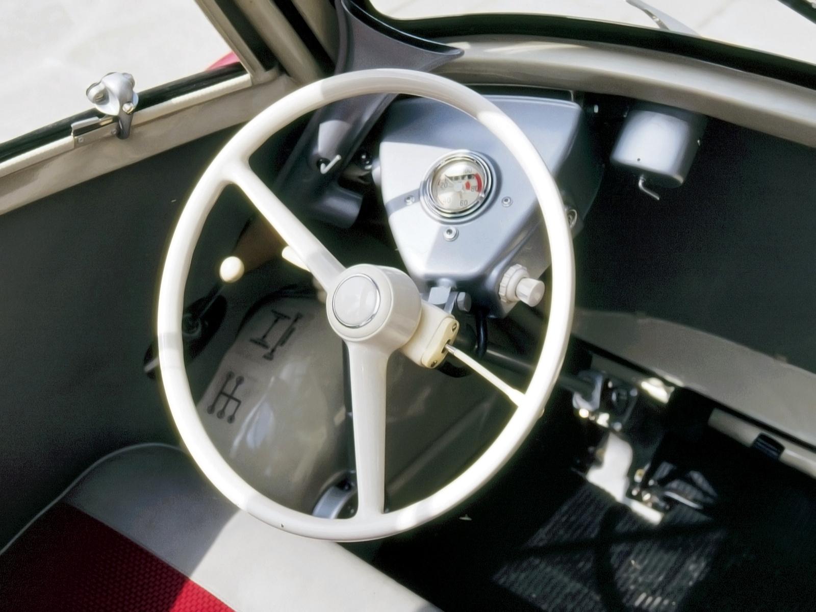 Automotive Database BMW Isetta - 300 bmw
