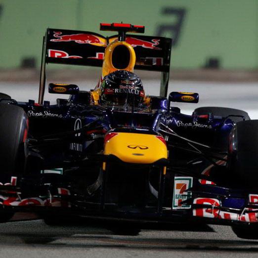 Caterham Singapore: Vettel Triumfa In Nocturna Din Singapore, Hamilton