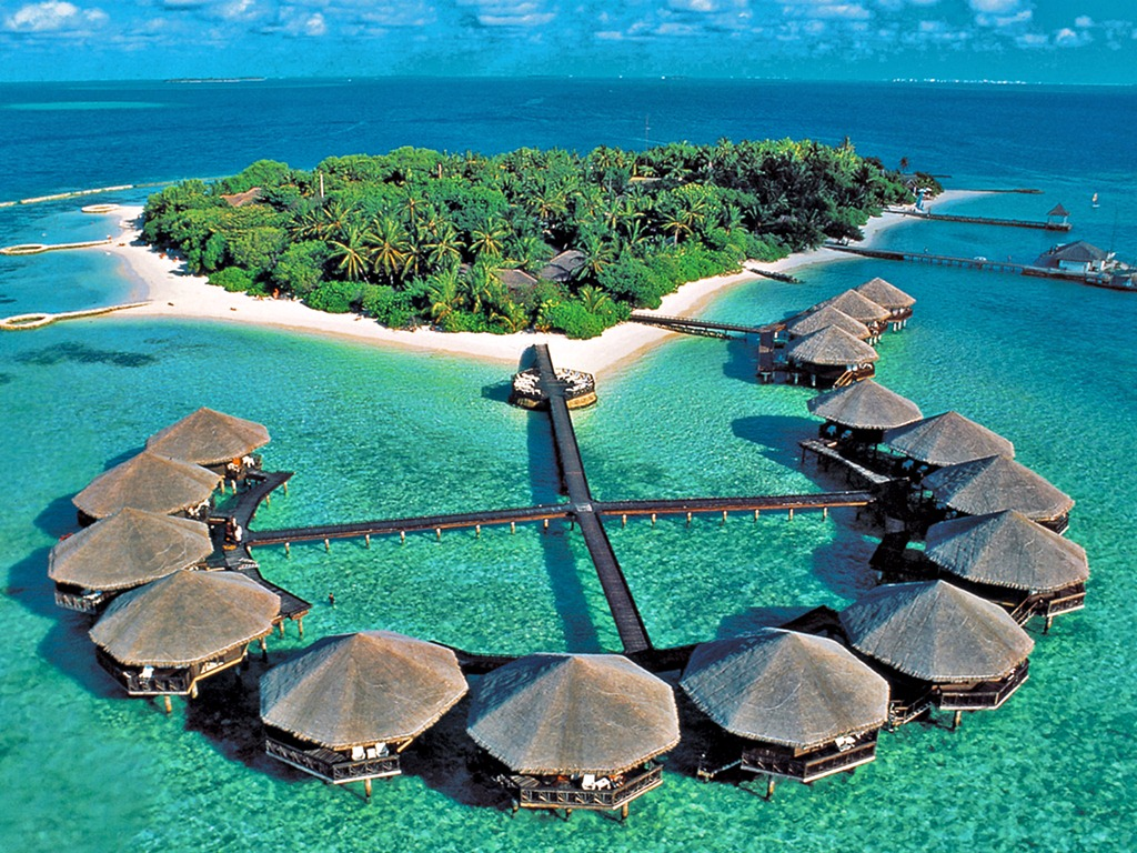 Maldive Islands Luxury Hotels