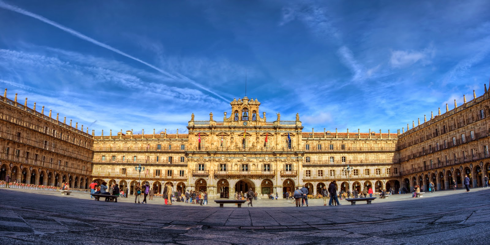 Traveler Guide: Salamanca's Plaza Mayor