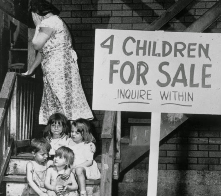 A Vintage Nerd, A Picture Worth a Thousand Words, 4 Children For Sale Photo, Vintage Photos, Vintage Blog