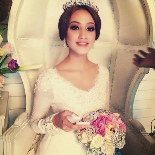 Gambar Pra Perkahwinan Nur Fathia Yang Anggun Dan Menawan