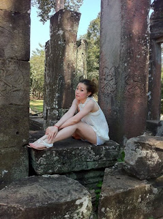 Mikie Jung Khmer Sexy girl with beautiful legs 6