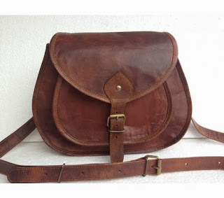 https://www.goodsmiths.com/picturesque-leather/handmade-genuine-leather-12-inch-ladies-purse-day-camera-travel-pouch-shoulder-bag