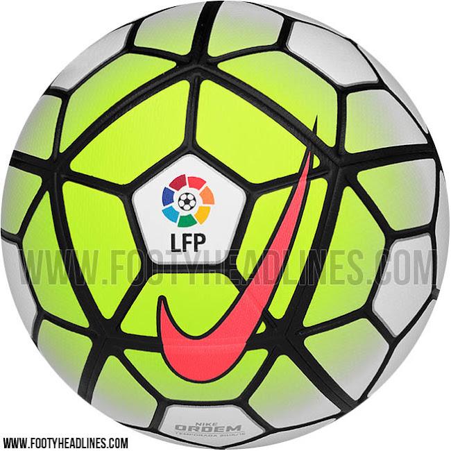 Pelota De Futbol Imágenes De Archivo Vectores 123RF - Imagenes De Balones De Futbol Soccer