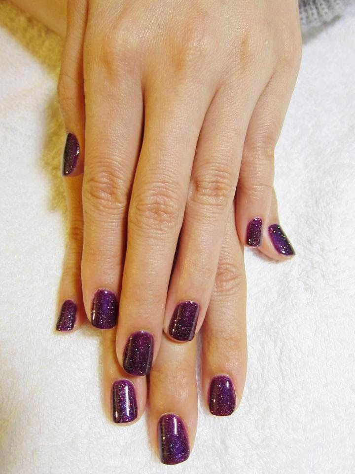 Dark-purple-glitz-shellac-manicure-on-the-natural-nail-some-simple-clean-nail-art