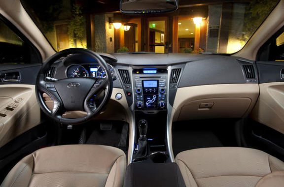 hyundai sonata hybrid version car review 2011 and. Black Bedroom Furniture Sets. Home Design Ideas