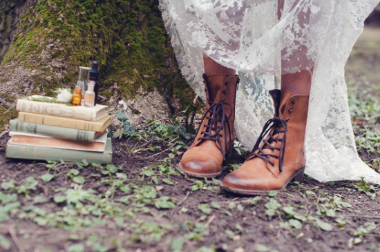 Bridal boots, Alternative bridal shoes