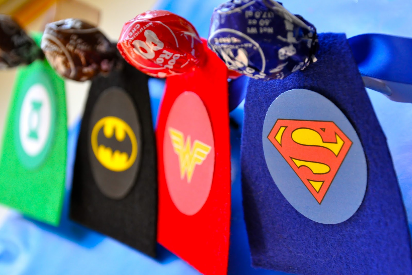 Funky: 20 minute crafterSuperhero Valentines with FREE printable