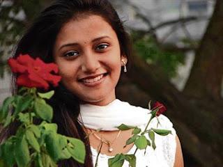 Techies Corner    Jui Gadkari   Star Pravah  Marathi Actress   Photos