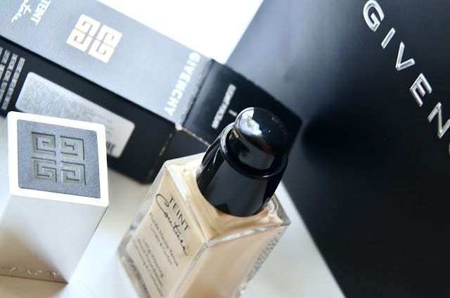 E_katerina: тональная основа Givenchy Teint Couture Long-Wearing Fluid Fondation Illuminating & Comfortable SPF 20 PA++ #1 Elegant Porcelain