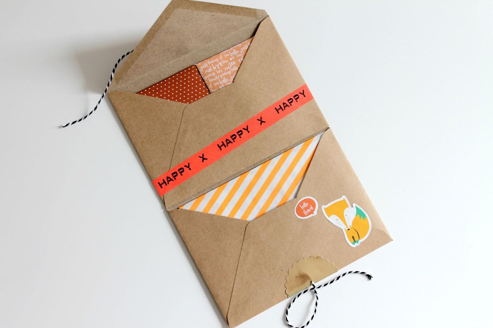 Snailmail enveloppenmapje met vossen thema 365 miles to for Cadeauzakjes papier hema