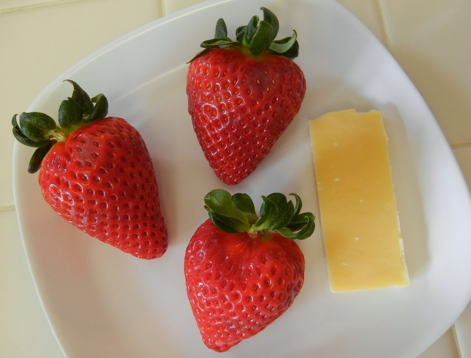 Strawberries+and+Cheese Weight Loss Recipes A day in my pouch
