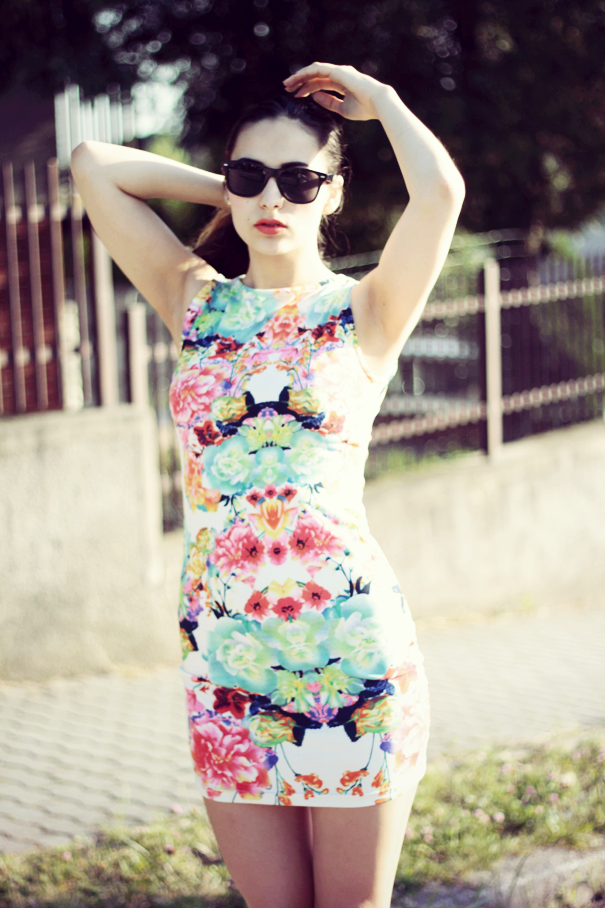 floral bodycon dress tumblr