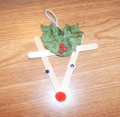 Popsicle sticks reindeer 1