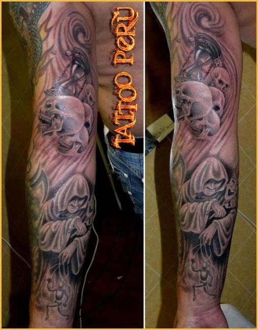 Tatuajes: Historia de los Tatuajes. Monges_y_craneos