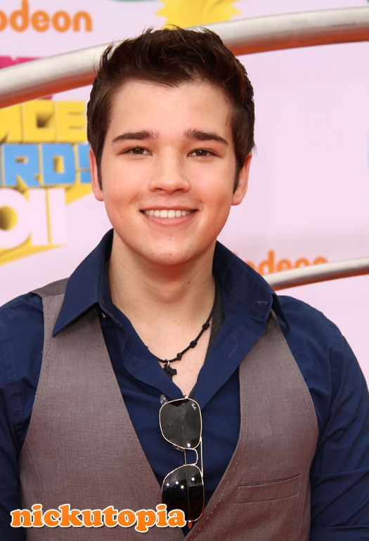 Nathan Kress - Images Colection