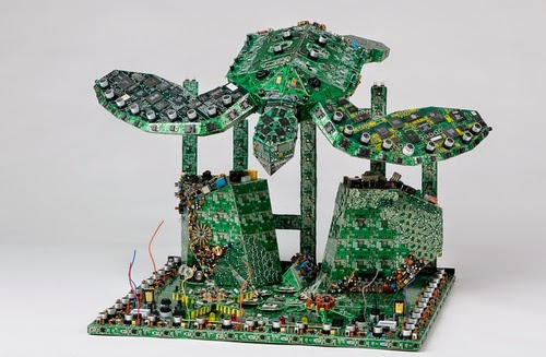 00-Steven-Rodrig-Upcycle-PCB-Sculptures-from-used-Electronics-www-designstack-co