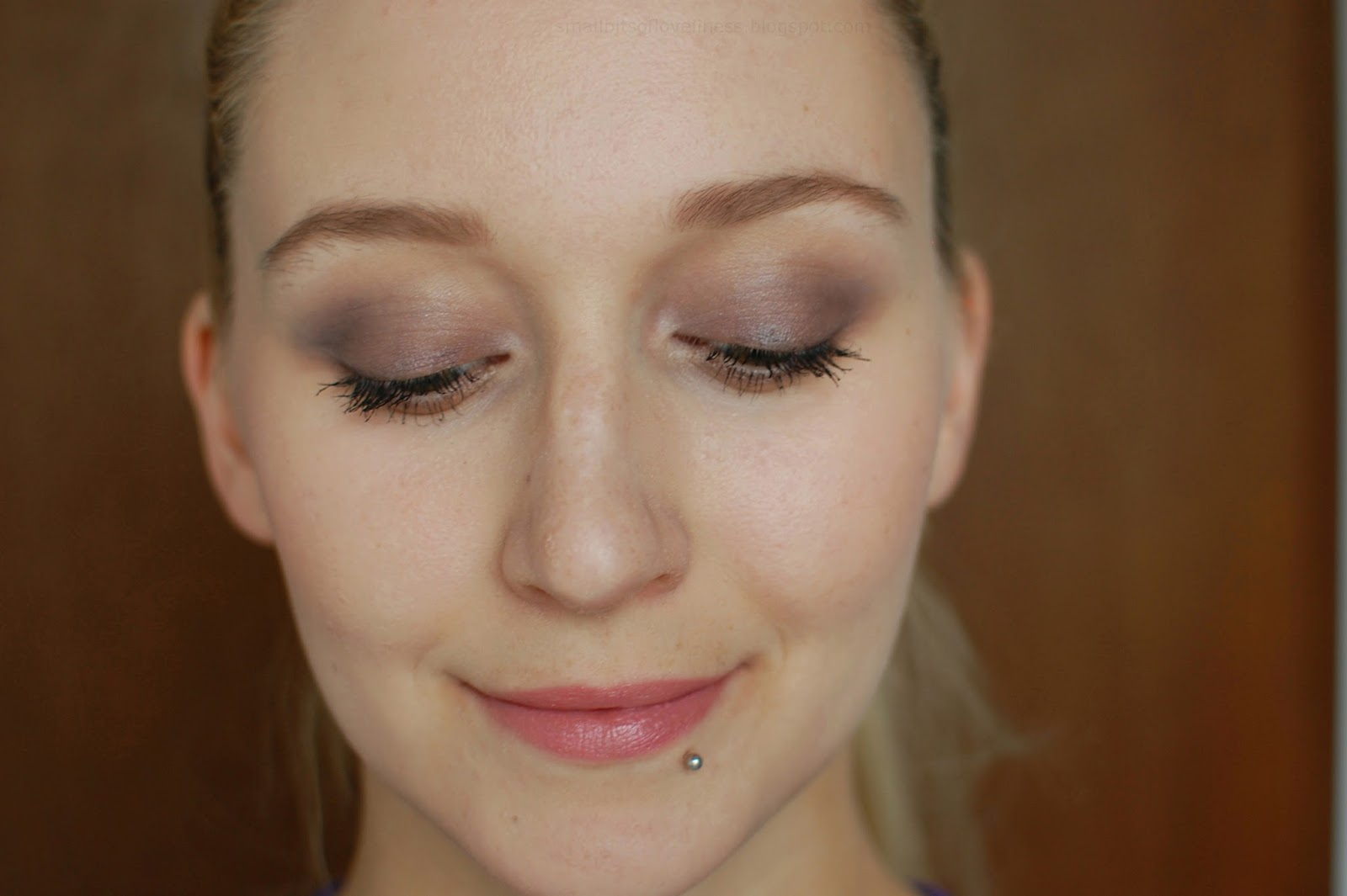 Lily Lolo Eye Palette Enchanted, Benecos Peach Lipstick