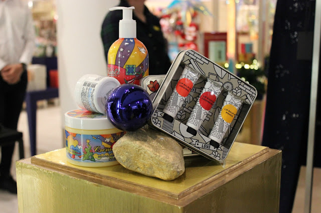 Picture of Kiehl's Christmas Collection