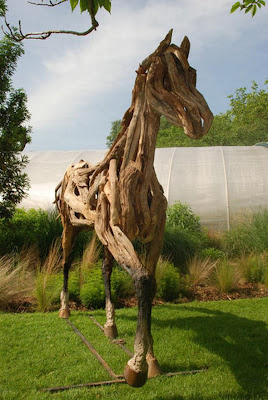 Beautiful recycled animals sculptures