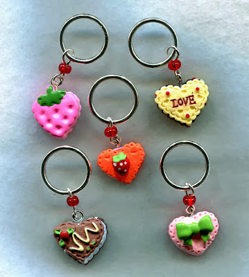 https://www.etsy.com/listing/119421036/cake-stitch-markers-big-rings-for-bulky
