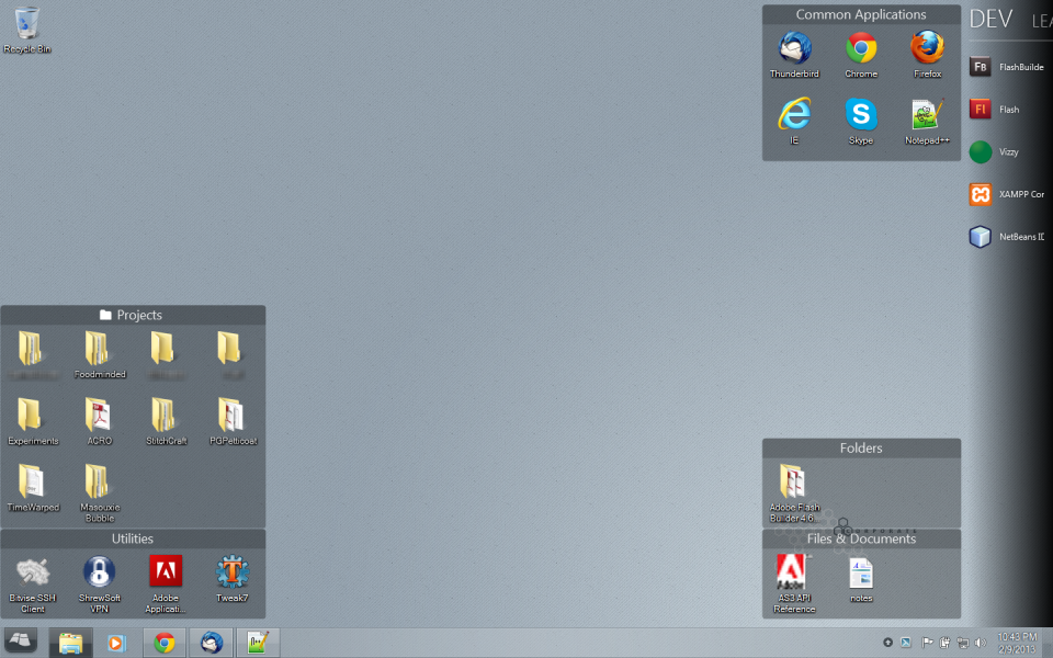Uncluttered desktop - Click to view larger image.