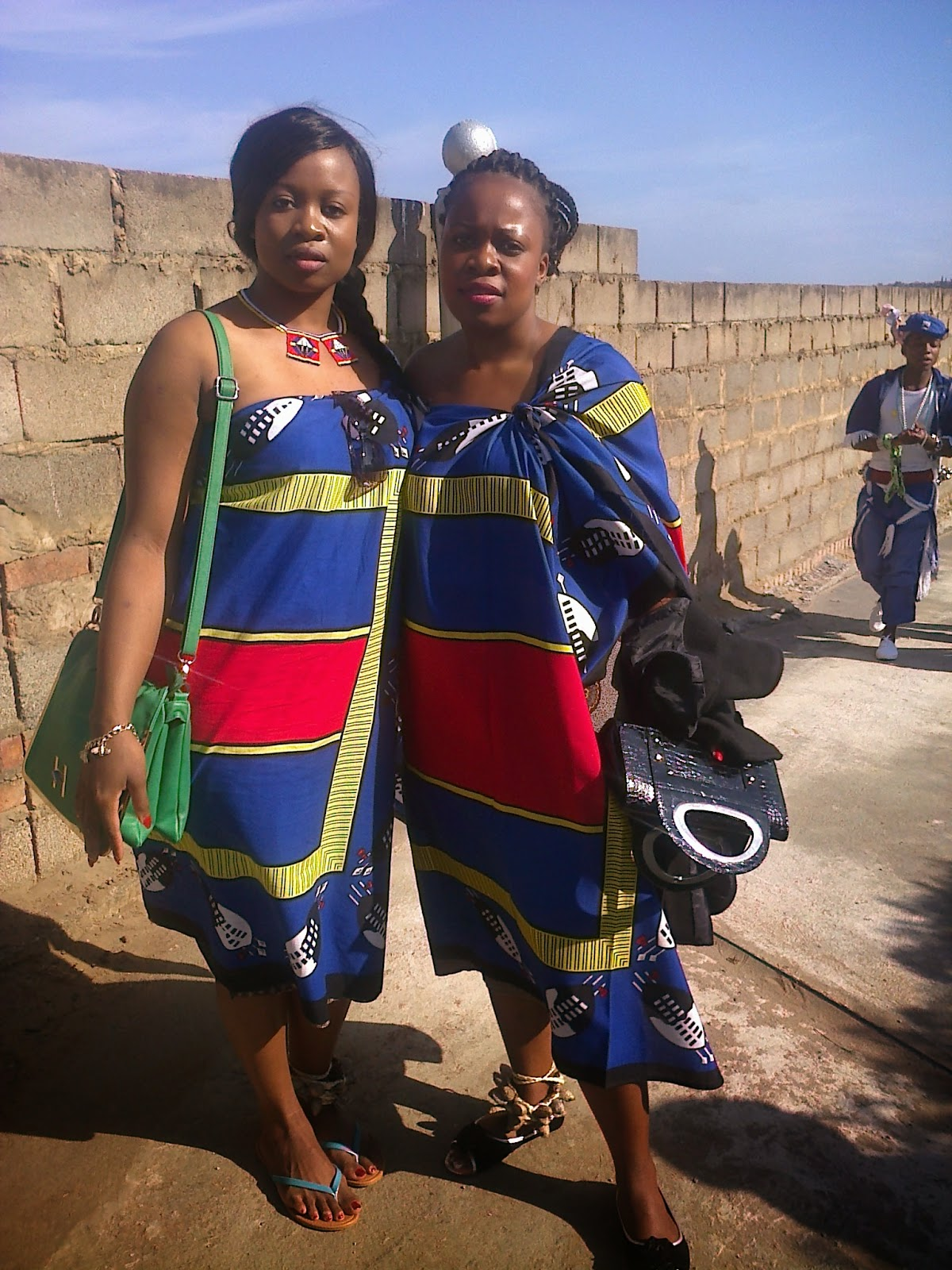 Just an ordinary lady my 1st time dressed in our traditional outfit my sister and i thecheapjerseys Image collections