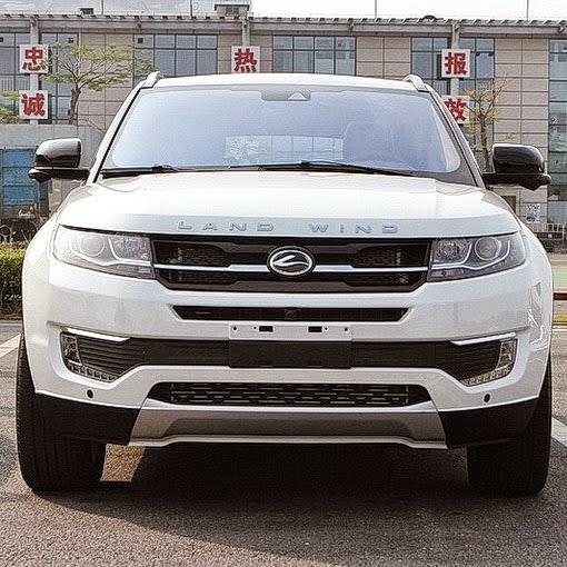 carro novo Landwind X7 é apresentado na China