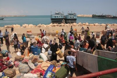 Somalia sends ship to evacuate citizens from strife-torn Yemen