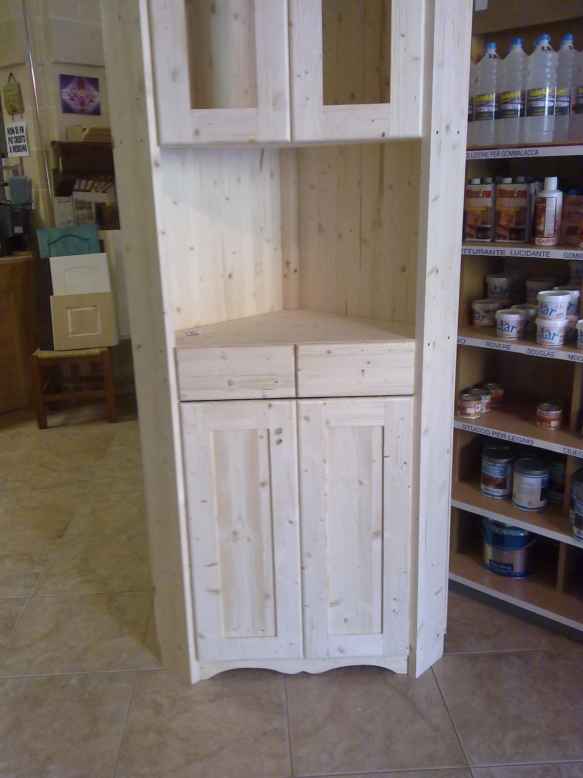 Fai da te hobby legno armadio ad angolo - Mobile legno fai da te ...