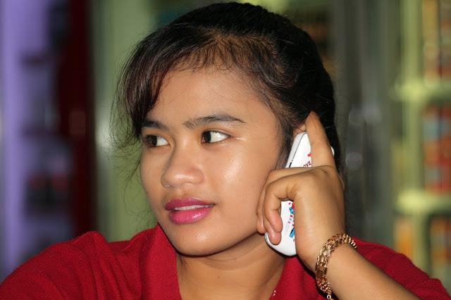 Sourire du jour : Les visages khmers