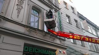 Komplexní čištění a ošetření budov od přírodních vlivů a graffiti